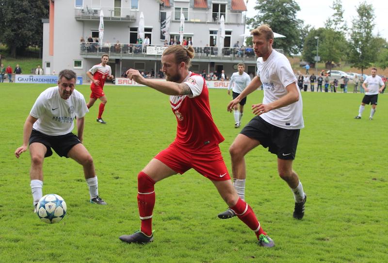 Schneider-Elf mit Unentschieden in Büchig!